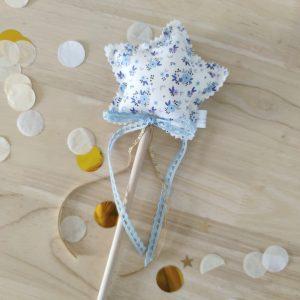 Varita mágica florecitas azul