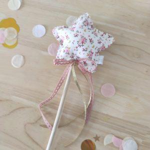Varita mágica florecitas rosa