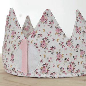 Corona cumpleaños florecitas rosa