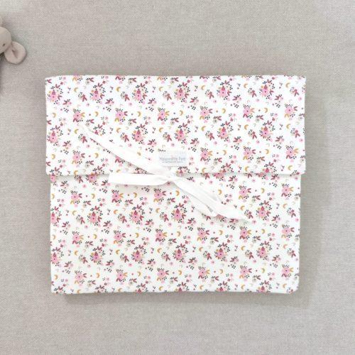 Bolsa de muda florecitas rosa
