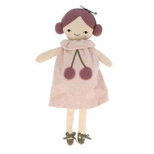muñeca cerecitas
